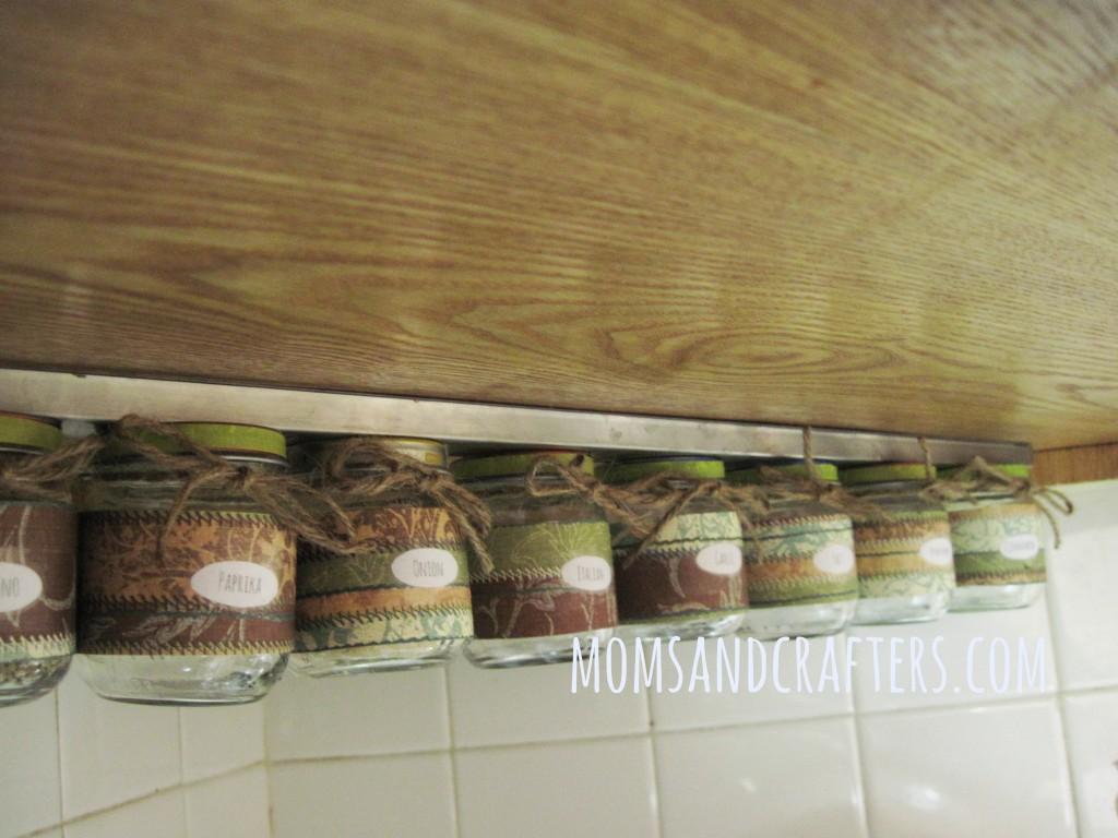 Upcycle Baby Food Jars DIY Spice