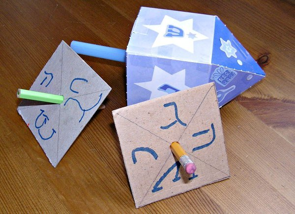 hanukkah crafts and activities