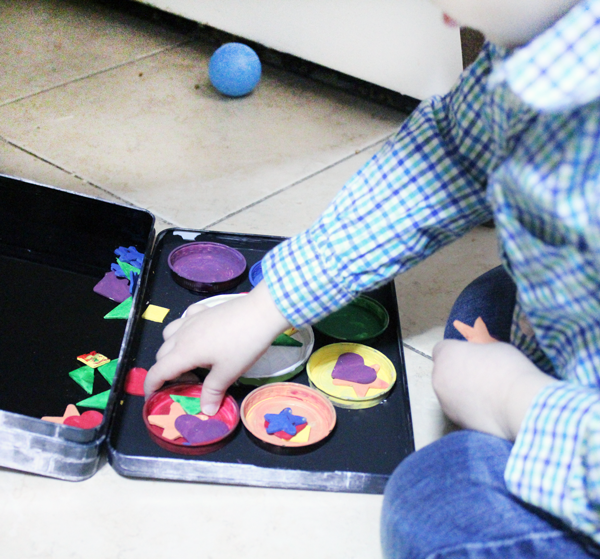 travel sorting toy for toddlers