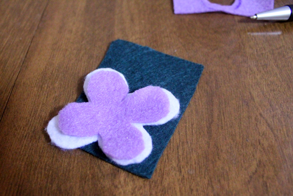 DIY Felt Flower Necklaces