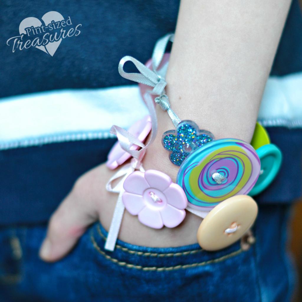 button-bracelets-1
