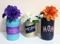 Make this beautiful Mother's Day Vase Craft for that special person in your life! You can also customize it for year round crafts and as a stunning DIY gift.
