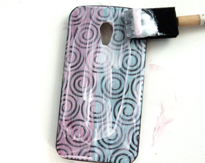 Customize a cell phone case