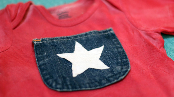 Make this DIY Patriotic t-shirt for baby! Or make it for an adult :) It uses upcycled materials and takes little time - plus it's a great no sew baby craft!