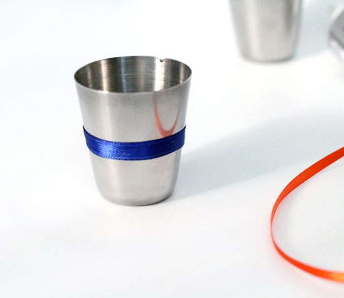 diy shot glasses - for sports fans - a great father's day gift or gift for men!