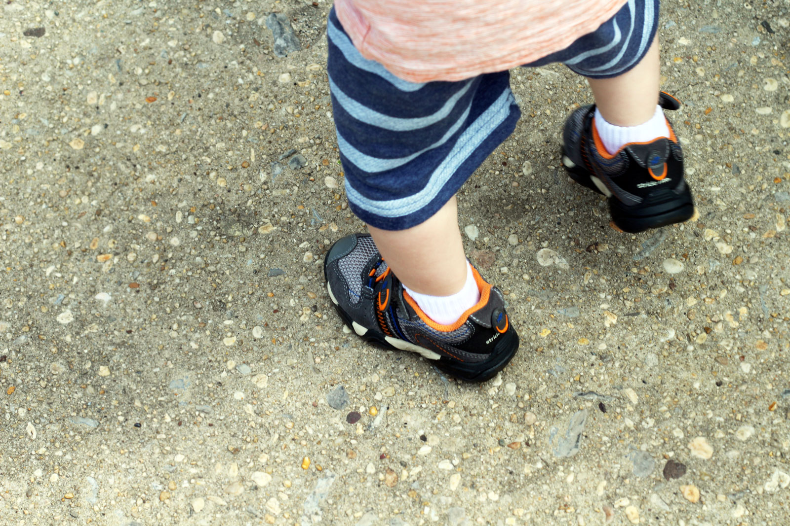 outdoor-activities-for-toddlers-3