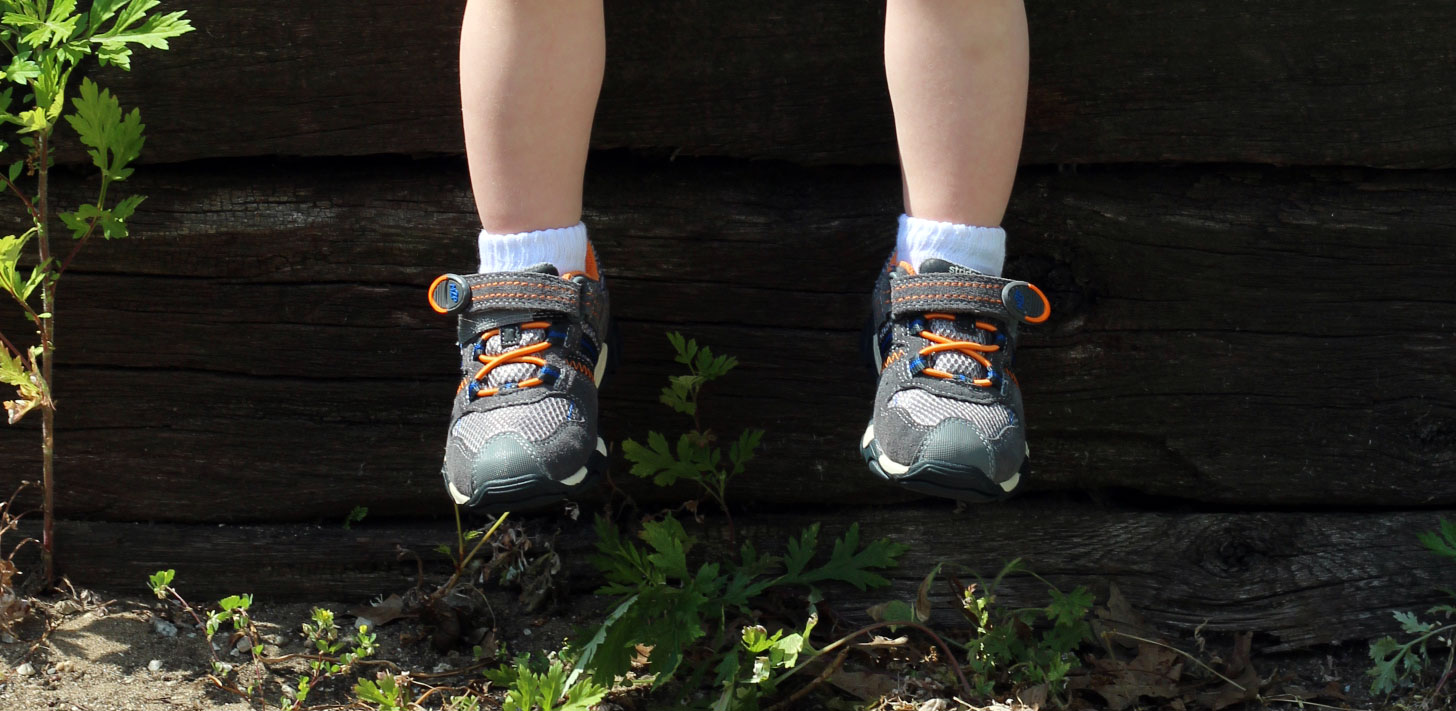 outdoor-activities-for-toddlers-7