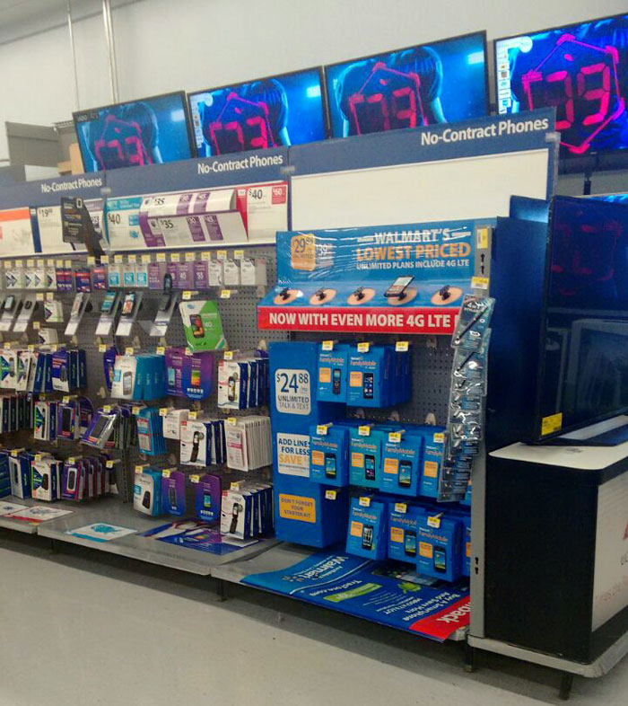 walmart-family-mobile-stand