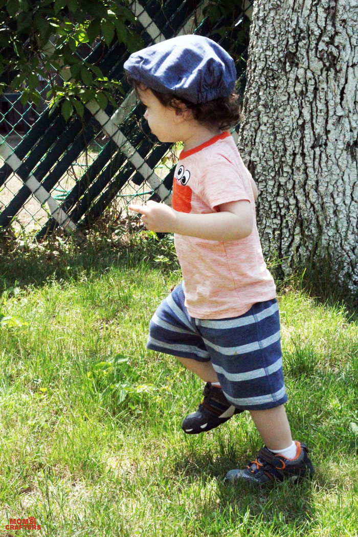 Toddler Style: Play in blue and orange stripes!  |   An adorable series of kid fashion posts on Moms & Crafters