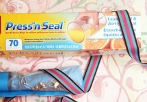OMG you won't believe how well this works! Make a super easy, quick, no-sew DIY jewelry roll for tangle-free travel using Glad Press 'n Seal! An easy life hack to go with your jewelry making crafts.