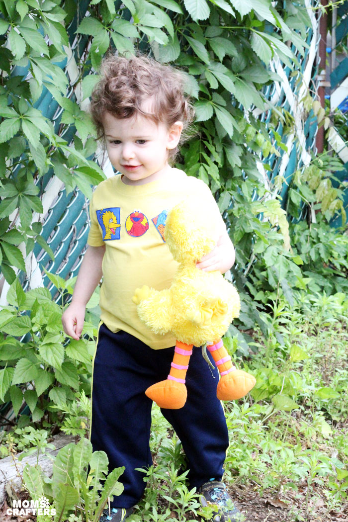 IT's ridiculously easy to embellish a drab plain shirt with your child's favorite characters! Click to find out how I made this adorable Sesame Street t-shirt. It's a perfect five minute mommy craft...
