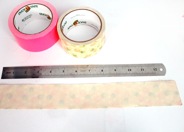 Make these bright and pretty DIY flexible rulers - a simple back to school craft for tweens and teens!
