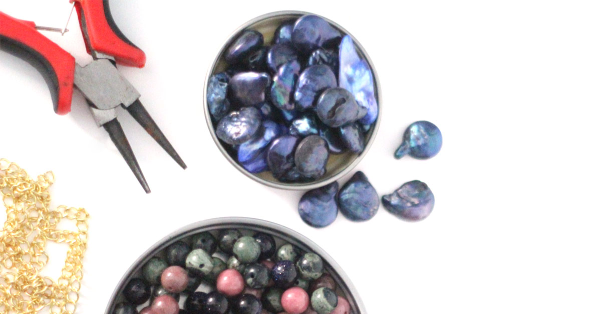 Want to get started making jewelry? Check out this list of MUST-HAVE JEWELRY MAKING SUPPLIES FOR BEGINNERS! It explains everything you need to know about getting started and is a great DIY jewelry making craft resource.