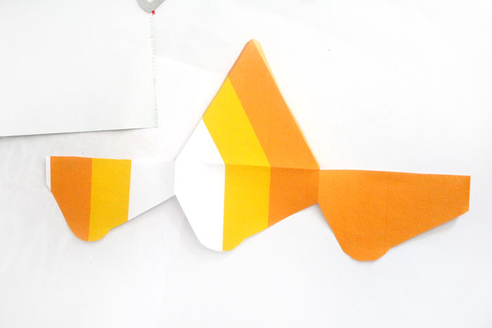Aren T These Candy Corn Treat Bo Adorable You Can Print It For Free
