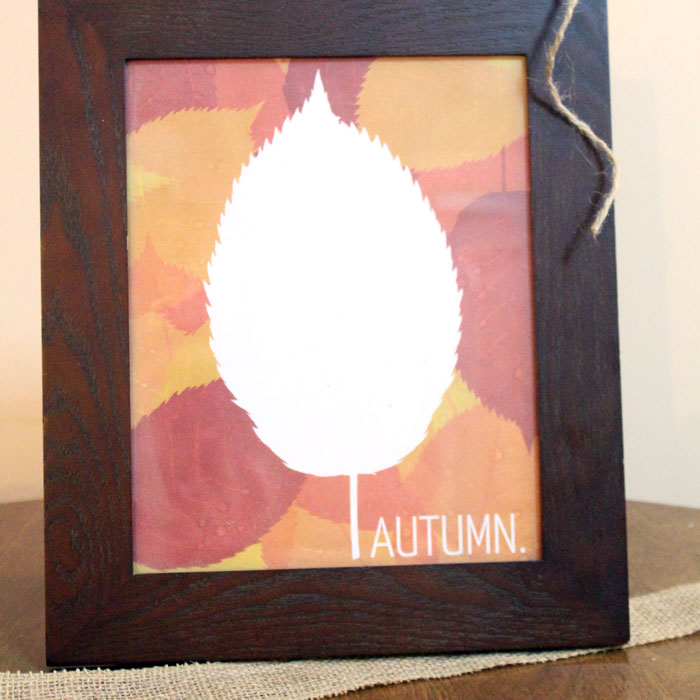 Download these free printable autumn signs to dress up your home! You'll love the six options that you can mix and match!