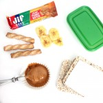 Looking for quick and easy snacks that you can grab and go with? These great ideas for busy moms can all be eaten while juggling a toddler, thrown together when you're late for work, and will give you an energy boost.