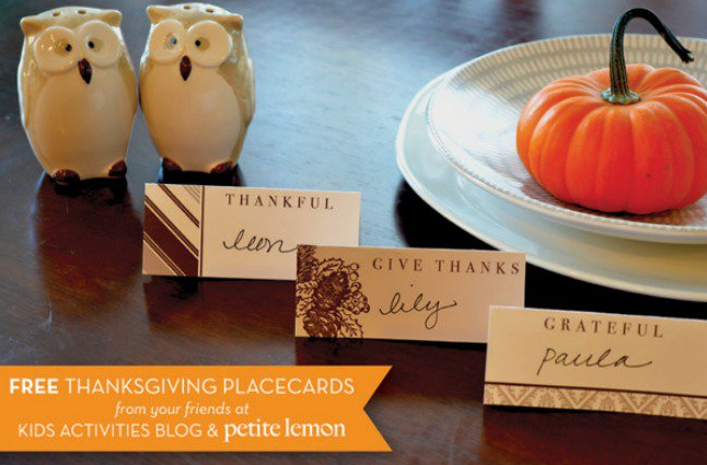 A list of the best free Thanksgiving printables! Including home decor, table settings, cards, kids activities, and more.