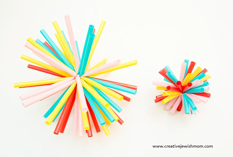 V n ngh l m ch i cho tr t ng h t for Plastic straw art
