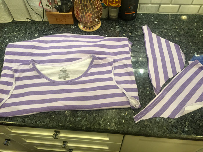 Looking to make breastfeeding easier? Make a DIY nursing top or nightgown - an easy hack to convert any top into a breastfeeding-friendly one!