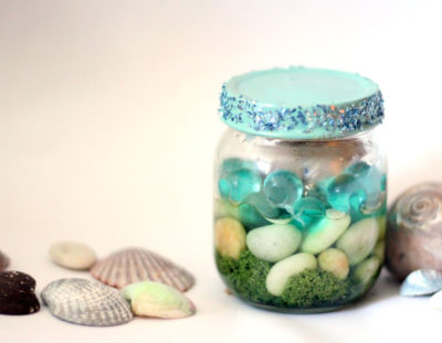 Beach-in-a-jar Seashell Keepsake Craft
