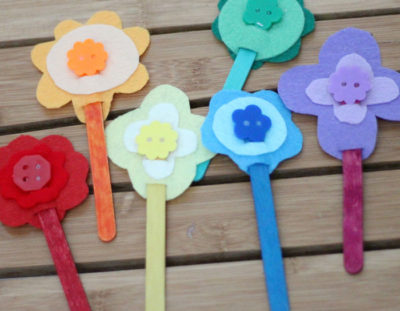 DIY Fine Motor Toy: Color-matching flowers