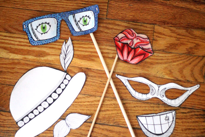I love this fun party idea! Get these free printable color-in photo props coloring pages for adults, have people color them in, take Instax photos with them, and send home a fun souvenir.