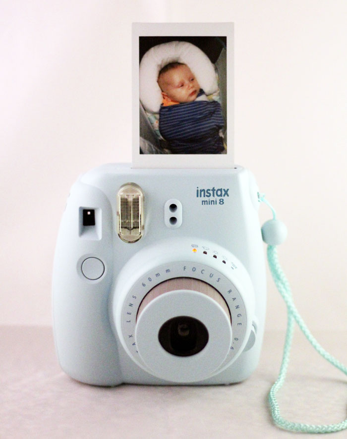 Photo gifts make some of the most meaningful gift ideas, but you can go further from a framed print. From DIY ideas to classes, these six alternative ways to gift photos will definitely be loved!