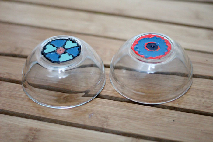 Make these magnificent DIY painted bowls to drop your keys, trinkets, or candies into! They are made using materials you likely have handy and are so easy and pretty! The mandala-inspired pattern is made using a combination of paints. It's an easy nail polish craft for you to try for the home.