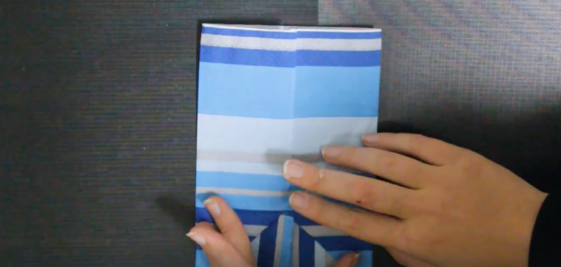 Try this dreidel napkin fold for your Hanukkah celebrations! These DIY dreidel napkins are perfect for your Chanukah party, make great Hanukkah decor and will finish off your tablescape.