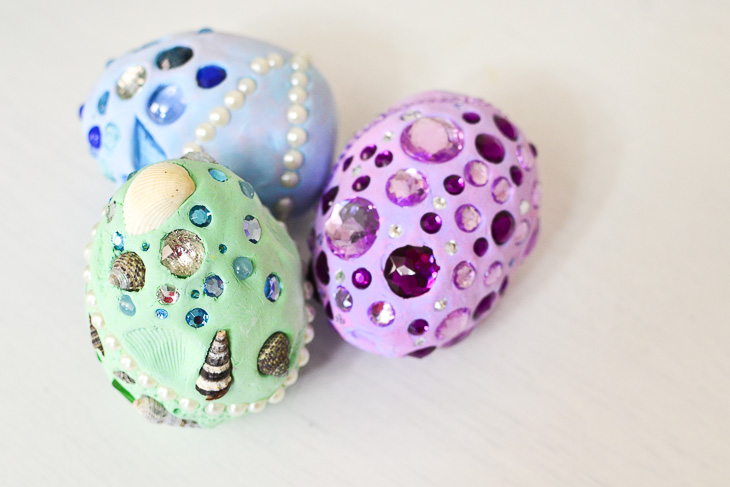 Clay crafts that are perfect for moms and kids and in between 16 fun and easy clay crafts for moms or anyone youll love these solutioingenieria Images