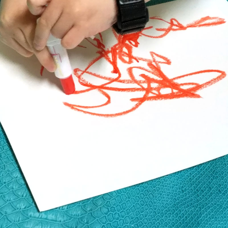 Whaat? Coloring with lipstick?! But it's really fun... This lipstick resist process art activity is fun for preschool and toddlers, or even bigger kids. Might seem like a fun art project for girls but I actually did it with my boy and he loved it.