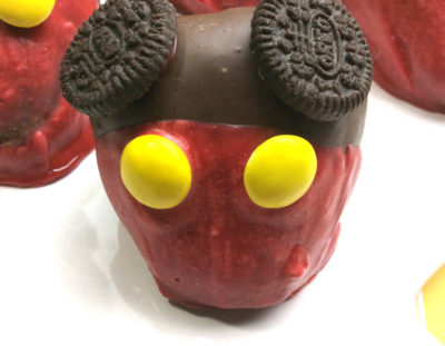 Mickey Mouse Food – Chocolate Coated Strawberries