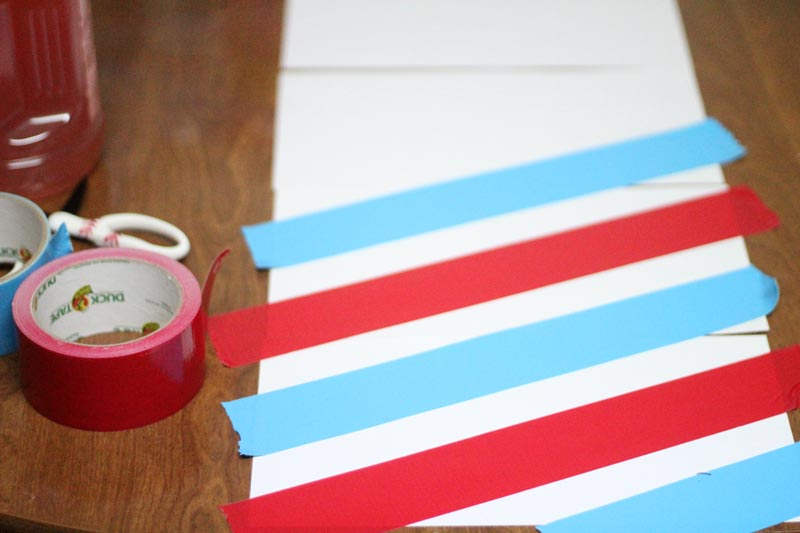 Throw a barber shop party on a budget - a perfect third birthday party for a boy or girl! Or, you can eventhrow it as an adult party... From favors to decor, to free printables and food ideas - and even some cool activities - you'll find everything you need to throw a barber shop birthday part without breaking the bank!
