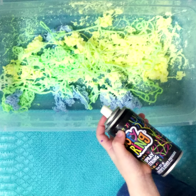 Make a slippery slimy snake sensory bin - the perfect sensory activity for preschoolers! This water play idea is so quick and easy to set up and such a sanity-saver.