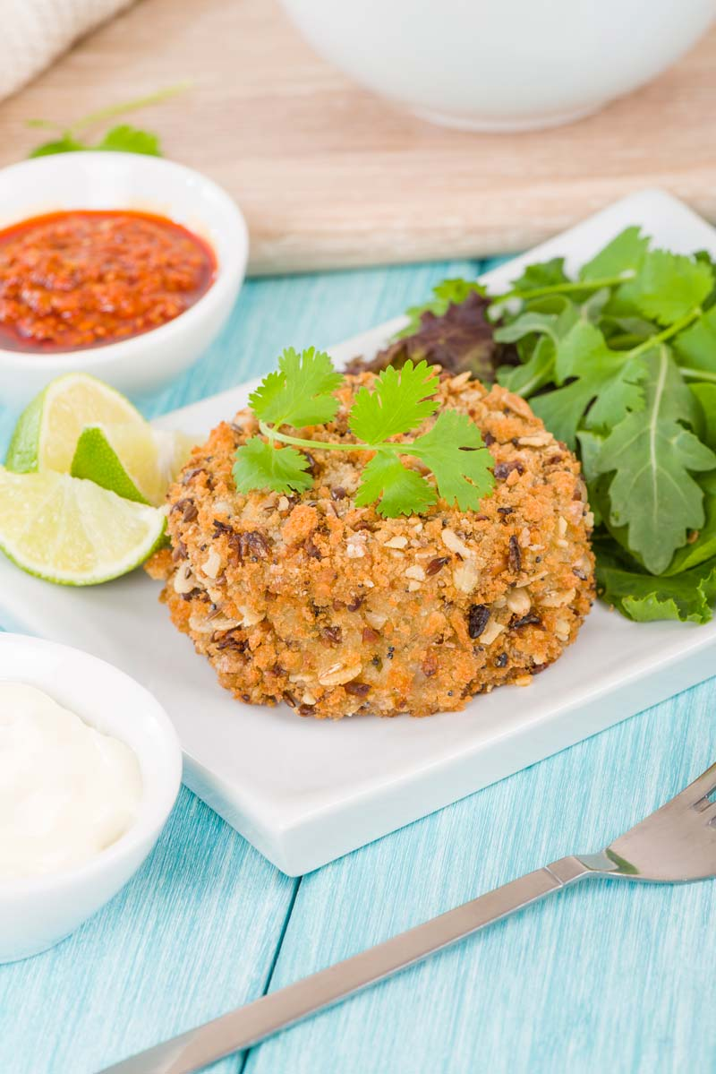 Make some yummy deep-fried tuna fishcakes - an easy kid-friendly dinner recipe! It's a protein I know my picky toddler and preschooler will eat!