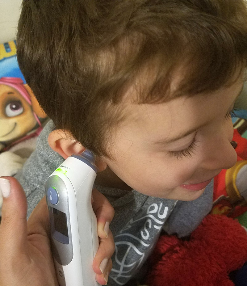 These winter survival tips for families with young kids will help you be prepared for the cold and flu season! Learn how to deal with fever in toddlers and how to cope with sick babies. #winter #parenting #toddlers