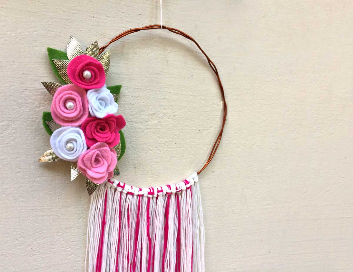 Diy Felt Flower Wreath Moms And Crafters