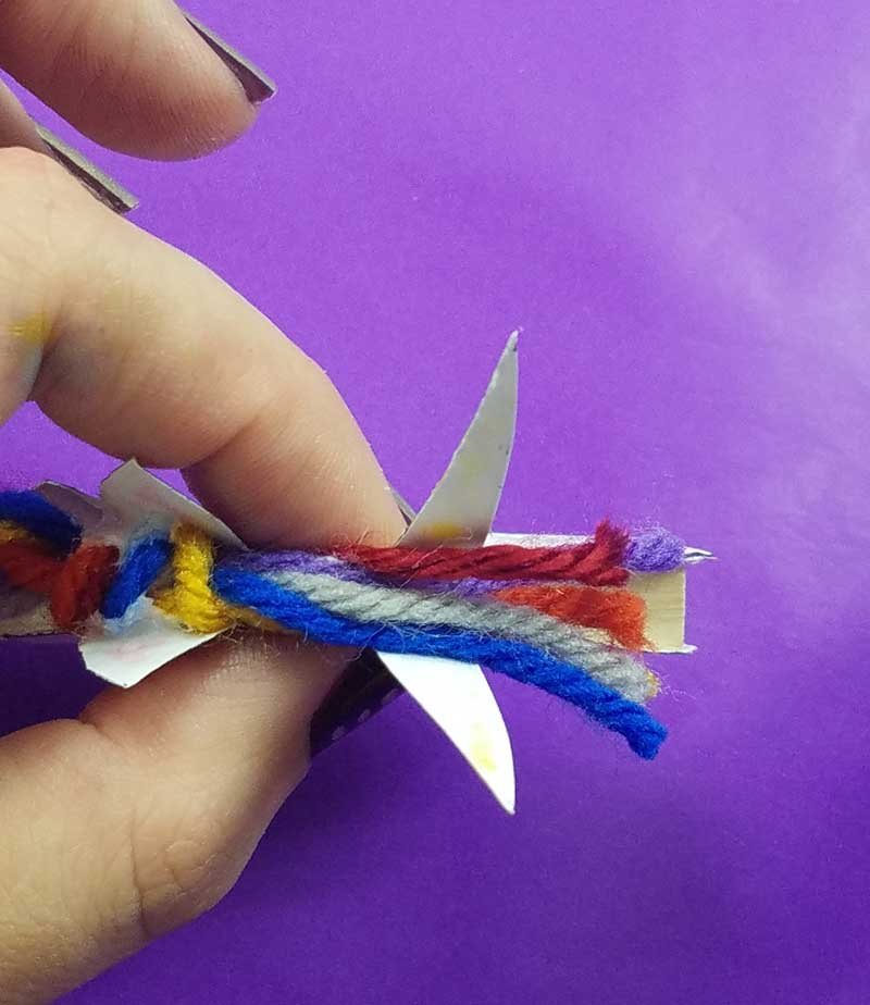 Unicorn clothespin puppets - free printable - step 10