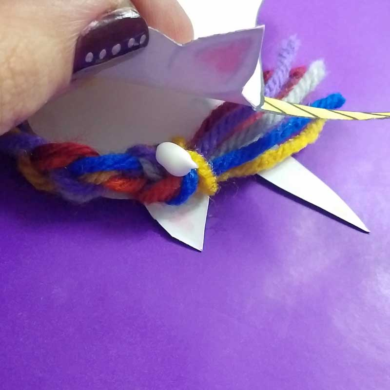 Unicorn clothespin puppets - free printable - step 9