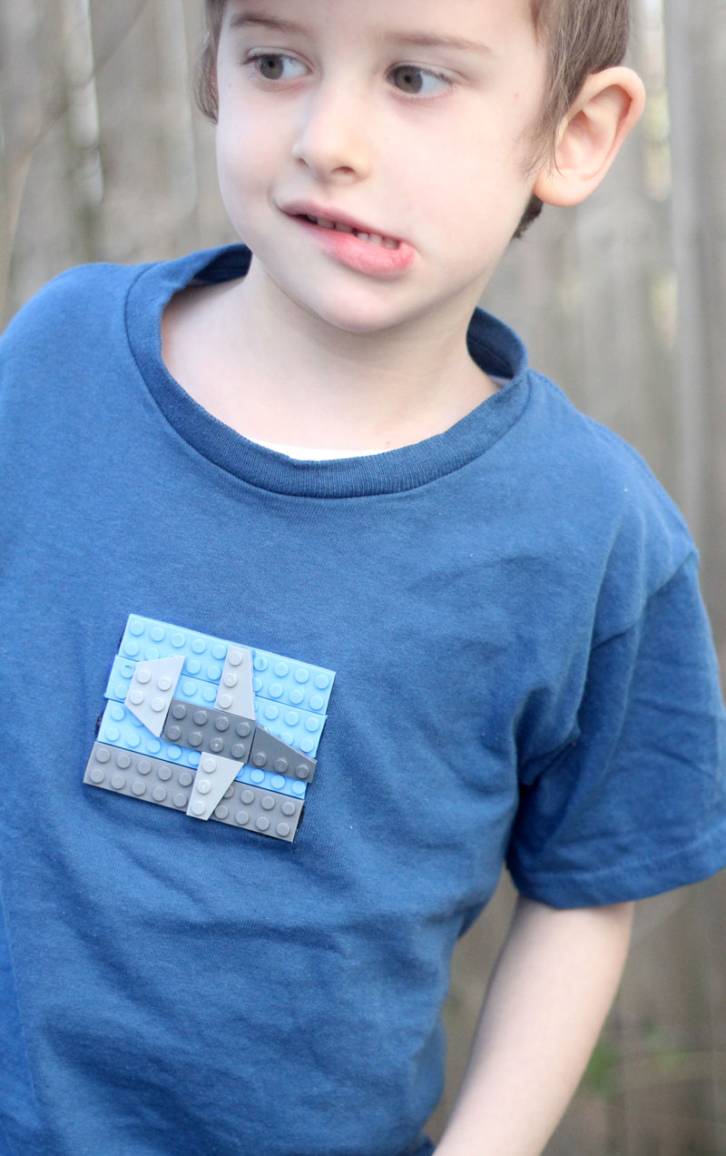 An adorable craft for tween and teenage boys: make a DIY LEGOs T-shirt using real bricks!