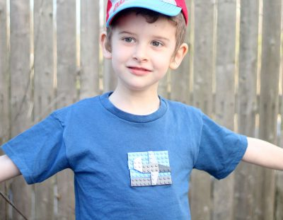 LEGOs T-shirt – Make A Shirt with real LEGO bricks!