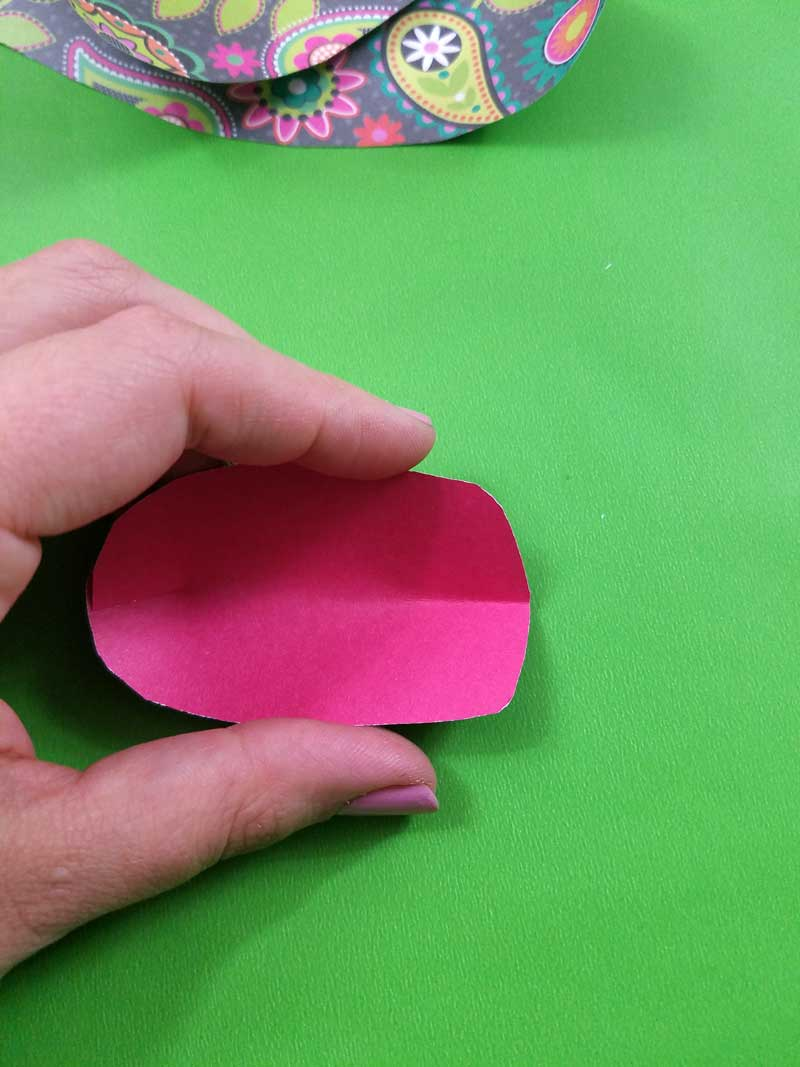 8. Crease and/or slightly roll your paper tulips petals