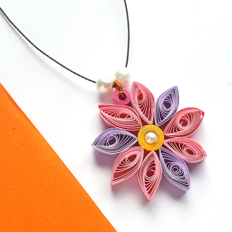 Paper Quilling Flower Pendant Moms And Crafters