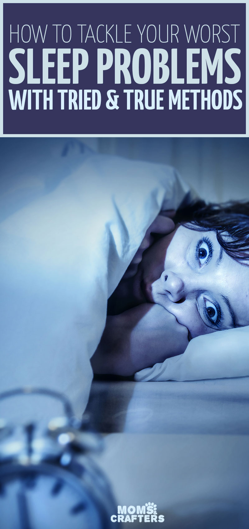 Click to read if you're struggling with mom insomnia! These tips to fall asleep at night can be life-changing! these insomnia tips include new ideas that you may not have tried before and work without medication