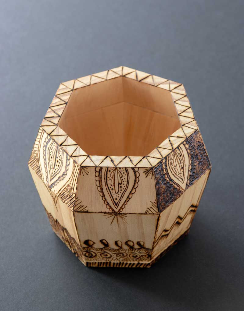 Learn how to do the woodburning designs used to make this beautiful pen caddy!