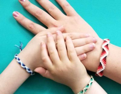 Zig Zag Friendship Bracelet Pattern with a 3D effect!