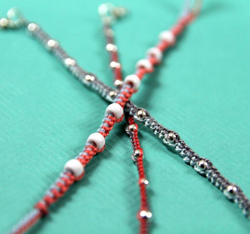 How to make a beaded friendship bracelet