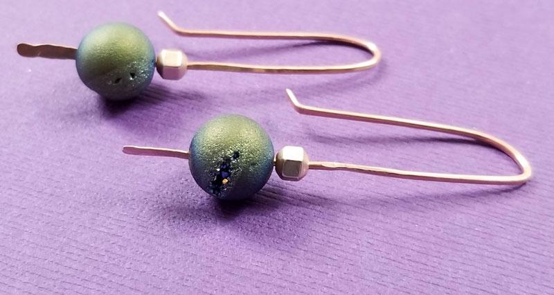 DIY Metal Earrings - Metal Stick Earrings * Moms and Crafters
