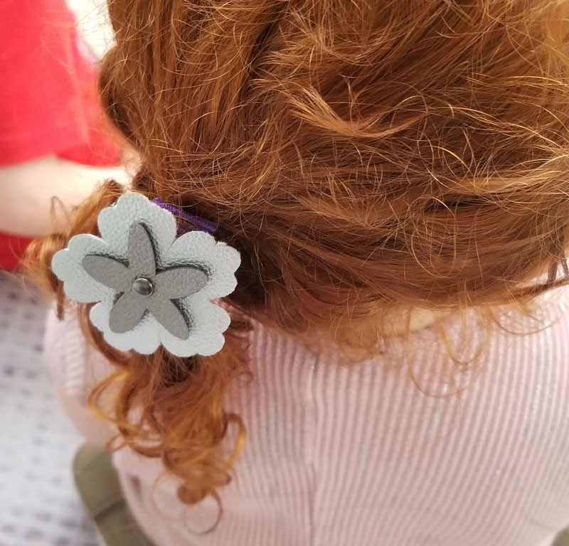 diy flower hair accessories model 1