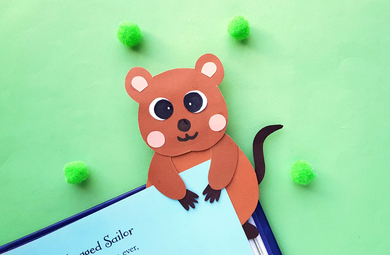 Quokka Craft – Hug Bookmark